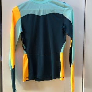 NWT Nike Pro Hyper Cool Color Block Training Top